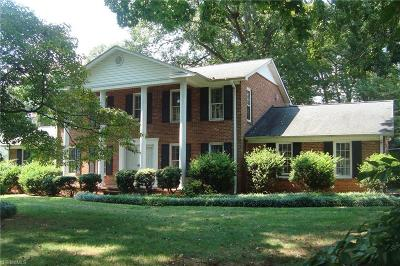 Bermuda Run Single Family Home For Sale: 361 Ivy Circle