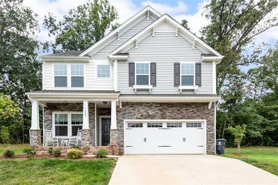 Tobaccoville Single Family Home For Sale: 1682 Pinnacle Oaks Drive
