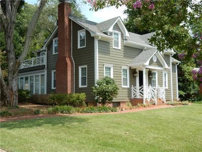 Greensboro Single Family Home For Sale: 3212 Edgewater Drive