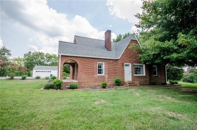 Mocksville Single Family Home For Sale: 3354 Us Highway 158