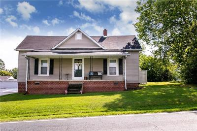 Alamance County Single Family Home For Sale: 2819 Swepsonville Saxapahaw Road