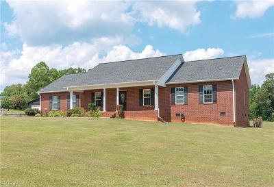 Lexington Single Family Home For Sale: 926 Cl Wagner Road