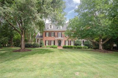 Forsyth County Single Family Home For Sale: 5711 Shamrock Glen Lane