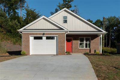 Alamance County Single Family Home For Sale: 2098 Boyd Creek Drive