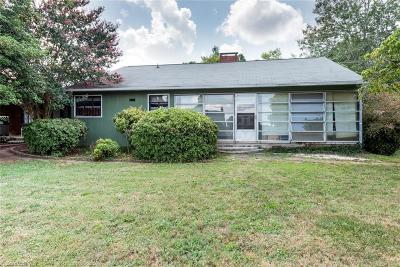 Winston Salem Single Family Home For Sale: 4706 Maxwell Road