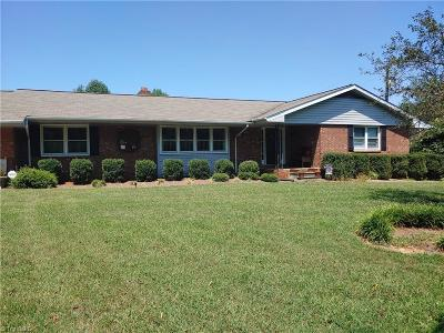 Single Family Home For Sale: 3037 Us Highway 64 E