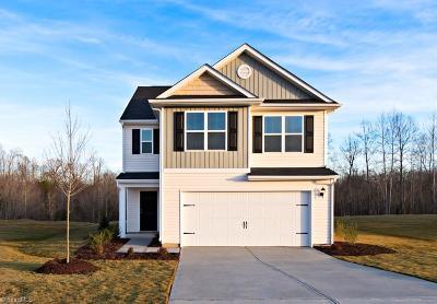 Burlington Single Family Home For Sale: 335 Armistead Court