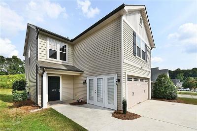 Winston Salem Single Family Home For Sale: 4011 Parkside Meadow Court