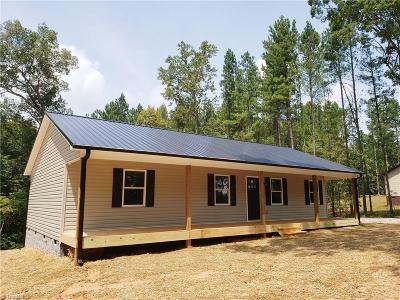 Davidson County Single Family Home For Sale: 3444 Old Mountain Road