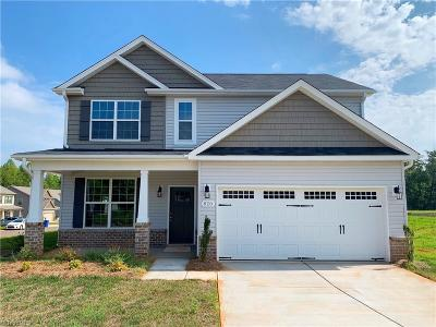 Kernersville Single Family Home For Sale: 820 Lake Drive #Lot 6