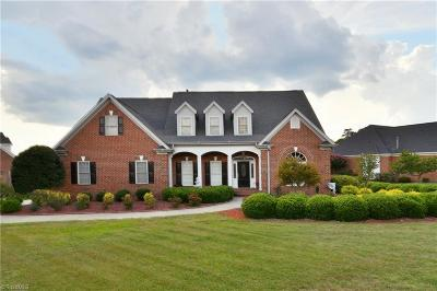 Clemmons Single Family Home For Sale: 1001 Glen Day Drive