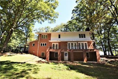 Madison Single Family Home For Sale: 4032 Nc Highway 704