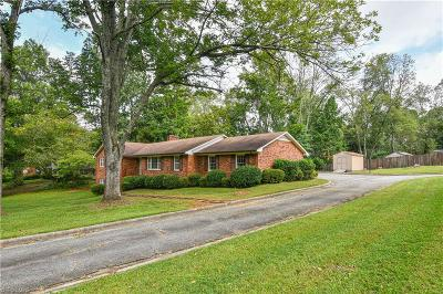 Jamestown Single Family Home Due Diligence Period: 600 Thornwood Road