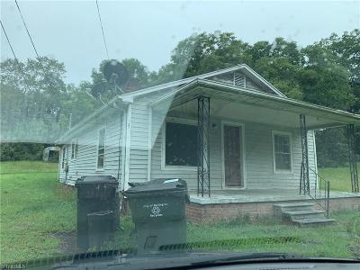 Burlington Single Family Home For Sale: 1120 Walnut Street