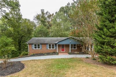 Davidson County Single Family Home For Sale: 4 Echoview Circle