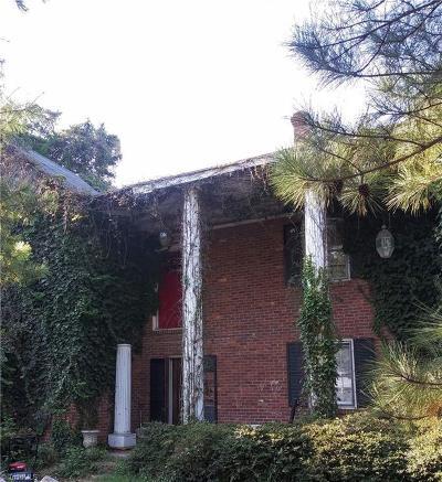 Summerfield Single Family Home For Sale: 3311 Oak Ridge Road