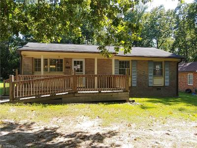 High Point Single Family Home For Sale: 1208 E Springfield Road