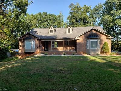 Mocksville Single Family Home For Sale: 201 Fairfield Road