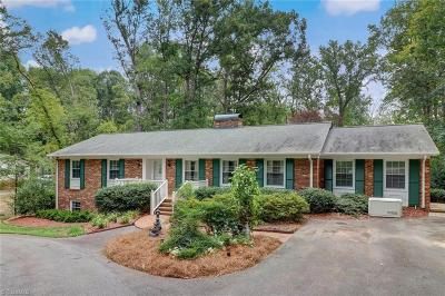 Reidsville Single Family Home For Sale: 2111 Meadowbrook Terrace
