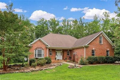 Browns Summit Single Family Home For Sale: 6312 Cape Wedgewood Circle