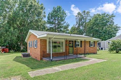 Rockingham County Single Family Home For Sale: 1204 Norman Drive
