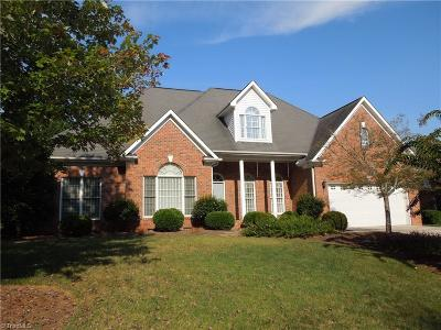Greensboro Single Family Home For Sale: 5804 Blue Heron Drive