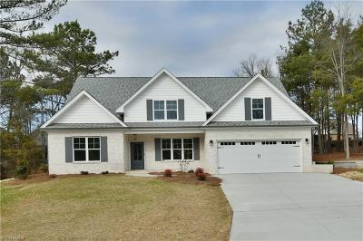 Clemmons Single Family Home For Sale: 128 Quail Run Drive