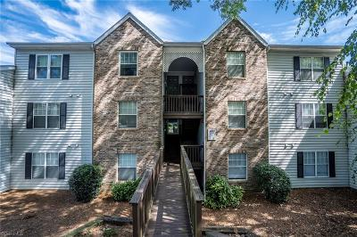 Clemmons Condo/Townhouse Due Diligence Period: 4021 Whirlaway Court #F
