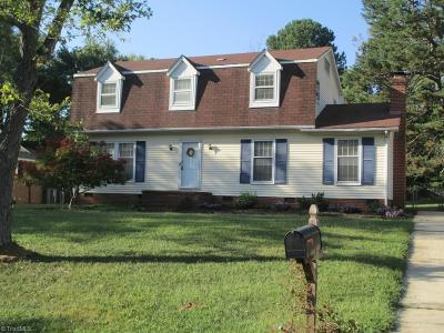 Greensboro Single Family Home For Sale: 5308 Broadmoor Place