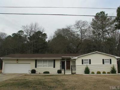 Dunn Single Family Home For Sale: 1609 Currituck Avenue