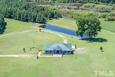 Harnett County Single Family Home For Sale: 703 Kirk Adams Road