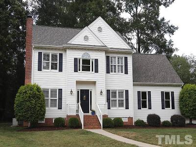 Lochmere Single Family Home For Sale: 207 Palace Green Drive