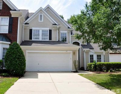 Cary Townhouse For Sale: 107 Lake Hickory Court