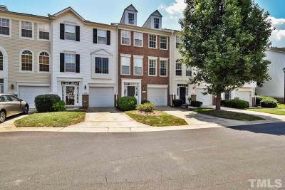 Raleigh Townhouse Contingent: 5534 Crabtree Park Court