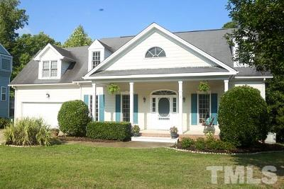 Holly Springs Single Family Home For Sale: 909 Bonhurst Drive