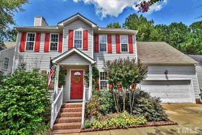 Holly Springs Single Family Home For Sale: 501 Creek Haven Drive
