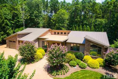 Chapel Hill Single Family Home For Sale: 9 Wysteria Way