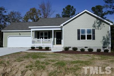 Angier Single Family Home For Sale: 122 Weatherby Court