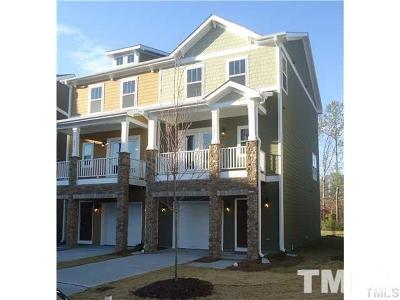 Wake County Townhouse For Sale: 864 Queen City Crescent