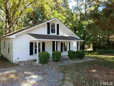 Wake Forest Single Family Home Contingent: 332 W Chestnut Avenue