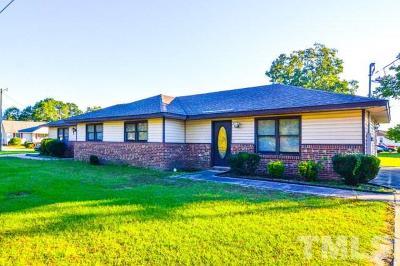 Multi Family Home Pending: 206 Mercer Court