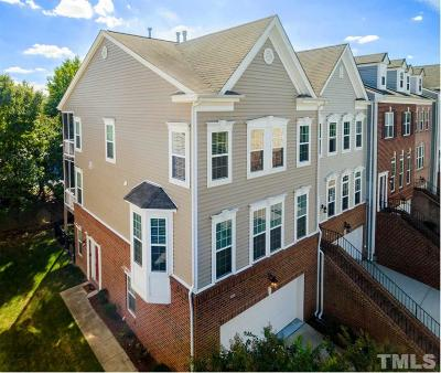 Raleigh Townhouse Contingent: 3112 Hudson Hill Lane