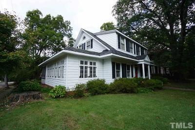 Single Family Home For Sale: 830 S Chestnut Street