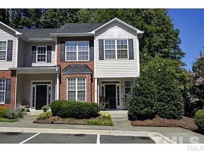 Cary Townhouse Pending: 102 Star Thistle Lane