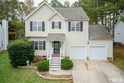 Holly Springs Single Family Home For Sale: 305 Gooseberry Drive