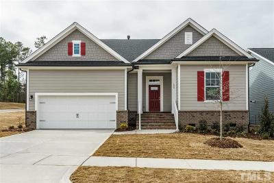 Holly Springs Single Family Home For Sale: 400 Lucky Ribbon Lane