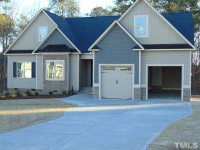 Johnston County Single Family Home For Sale: 124 Evie Drive #84