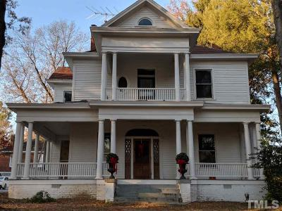 Oxford Single Family Home For Sale: 217 College Street