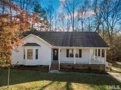 Single Family Home For Sale: 104 Laura Lane