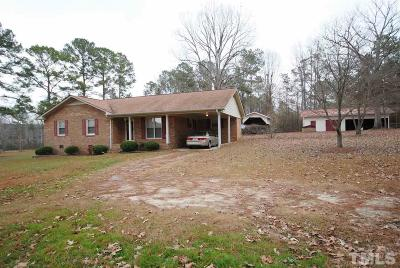 Harnett County Single Family Home Contingent: 145 Community Road